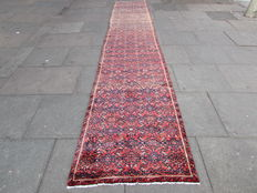 Old Persian Handknotted Hamedan Hosinabad Narrow Long Runner 500x90cm - Iran Around 1960