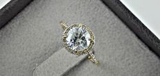 1.73 ct round diamond engagement ring in 14 kt gold - size 7