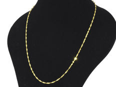 Singapore Diamond - Cut Chain in 18k Yellow Gold