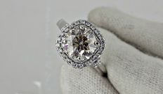 2.67 ct round diamond ring 14 k gold - size 8
