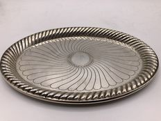 Engraved silver tray with decorated rim, Austria-Hungary, 1886-1922