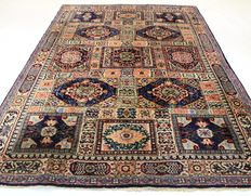 Beautiful Oriental Berber fields carpet, 207 x 300 cm, made in Morocco around 1970 to 1980, new wool, cleaned