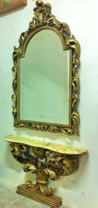 Baroque solid wood console table with wall mirror and onyx top - Italy, 20th C