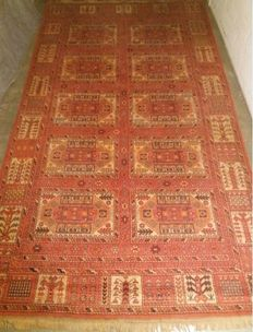 Stunning hand knotted Turkish rug, 400 x 227 cm, 20th century