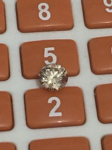 1.39 ct Round brilliant -cut diamond natural J VS2