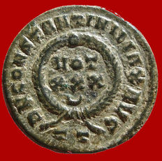 Roman Empire - Constantine I the Great (307-337 A.D.) bronze follis (3,51 grs. 19 mm). Ticinum mint, 325 A.D. VOT XXX crescent within wreath. TT in exergue.
