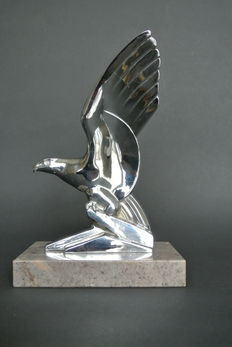 ART DECO EAGLE CAR MASCOT, 1930s