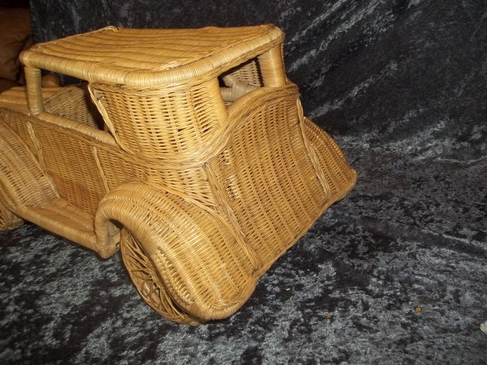 nice big wicker rattan car length 60 cm catawiki. Black Bedroom Furniture Sets. Home Design Ideas
