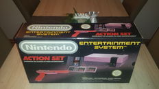 Nintendo NES Action set, complete in box