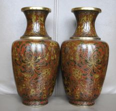 Two Jingfa cloisonné vases - China - second half of the 20th century