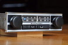 Blaupunkt Ludwigshafen - classic car radio with FM - 1972
