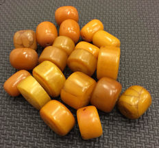 20 African phenolic resin Amber beads  - Morocco
