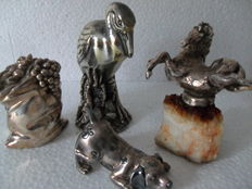Collecting Figurines (4 x) in silver