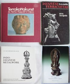 Indonesia – 4 books on Majapahit terracottas and bronzes – 1978/1990