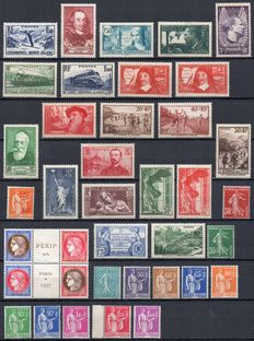France 1937 - Complete year - Yvert no. 334/371