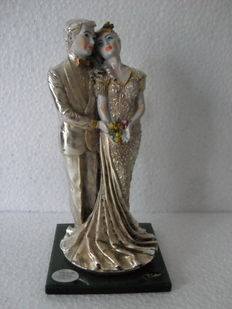 Statue of groom and bride - Silver - Victor