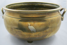 Large bronze and silver censer or jardinière with silver inlay of a heron - Meiji - Japan - 19th century