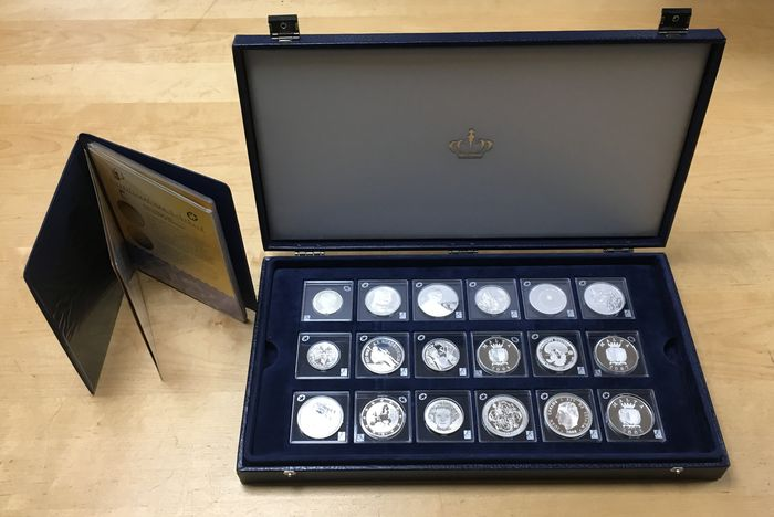 Europe - collection of 18 pieces of silver coins 2006/2008 cassette