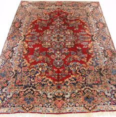 Beautiful semi-antique vintage hand-knotted Persian oriental carpet, Kerman Lawer, 250 x 370 cm, made in Iran around 1940, signed