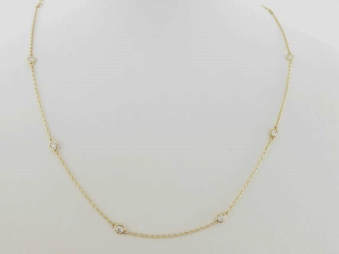 Yellow gold diamond necklace with 10 diamonds, 0.50 ct in total *** no reserve ***