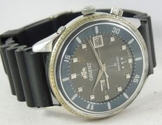 Orient King Diver AAA automatic Vintage Gray Dial 2 Windows from 1970's