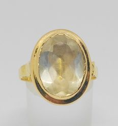 Yellow gold (18 kt) - topaz 13 x 10 mm. Approx. 7.5 ct.- No reserve price