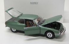 Norev -  Scale 1/18 - Citroen SM - Metallic Green