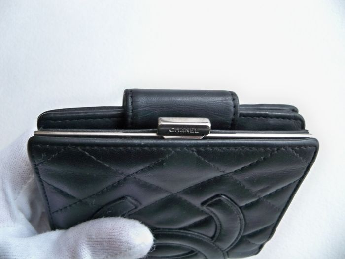 80ec274c04ad75 Chanel - Cambon wallet - Catawiki