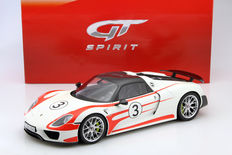 GT-Spirit - Scale 1/12 - Porsche 918 Spyder #3 Weissach Package White/Red