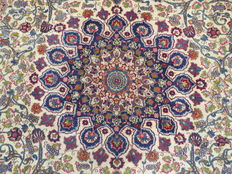 Wonderfully beautiful Persian carpet Kashmar/Iran 320 x 282 cm. End of 20th century. Very good condition, top quality - signed