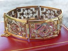 Antique Art Deco bracelet in 3 golds; yellow, white, and pink (renowned plating)