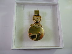 Pendant for gold necklace