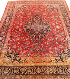 Royal antique and fine hand-knotted Persian carpet, Keshan cork, 305 x 430 cm, made in Iran around 1920, unique item