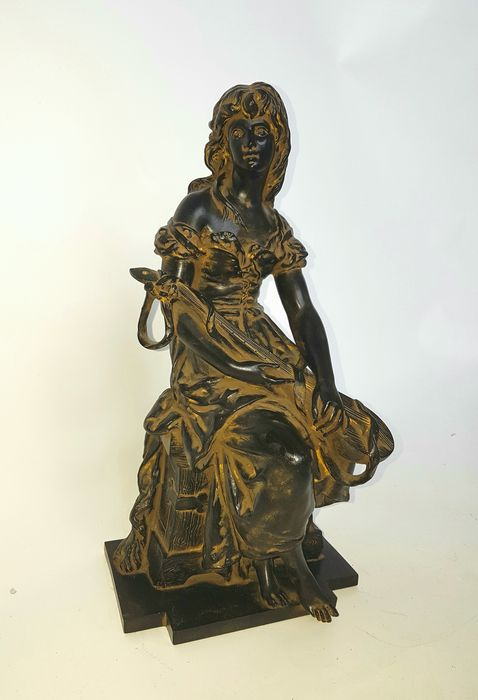 Sculpture depicting a beautiful lady, Spain, 1950s