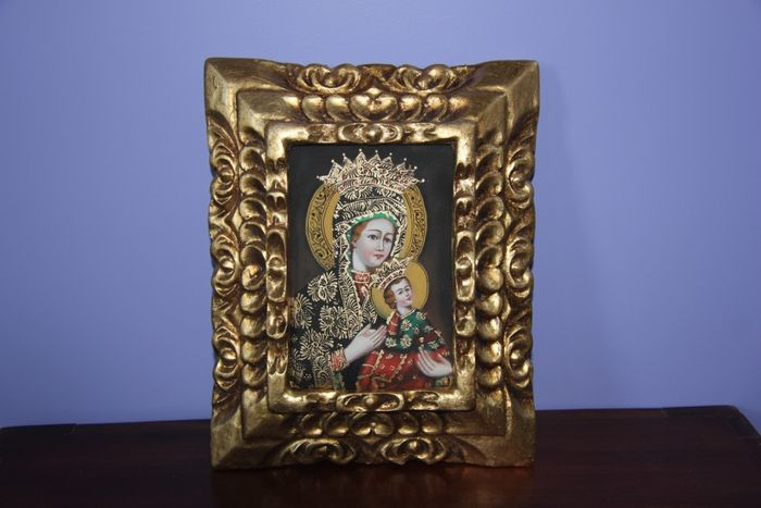 Beautiful painting on canvas of Madonna Mary with child in beautiful wooden frame