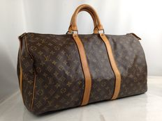 Bolso de viaje bandolera con monograma Keepall 50 Boston de Louis Vuitton