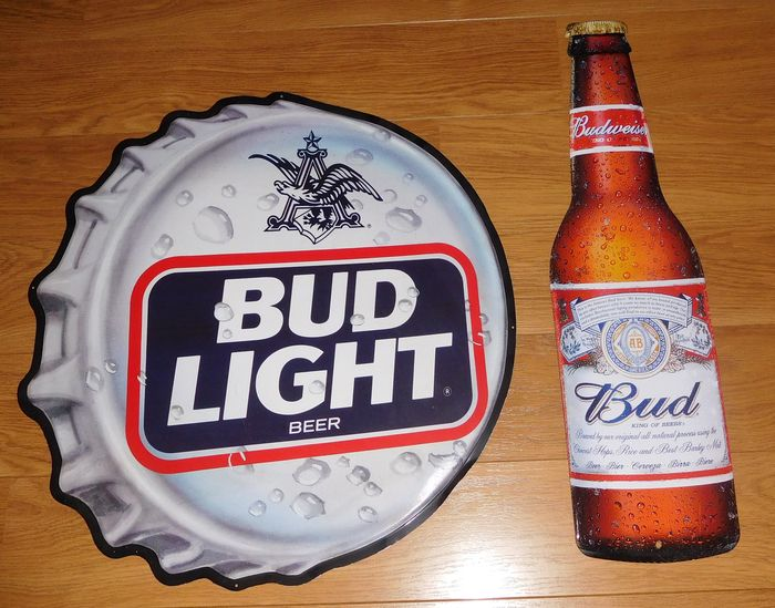 "2 Tin Advertising plates ""Budlight bear"" + ""Budweiser"" / 2nd half of 20th century"