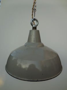 Unknown designer - Enamel French industrial factory light from the 40s