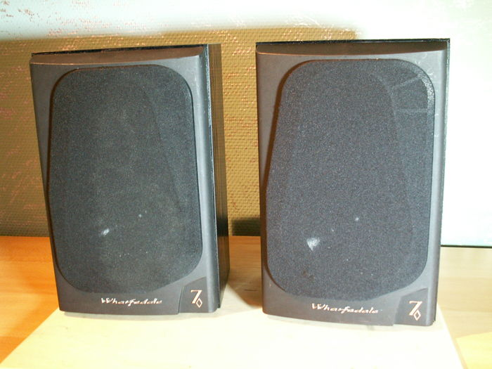 A great sounding speaker set: WHARFEDALE 7.1 DIAMOND.