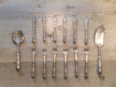 Antique silver plated fish cutlery -  early 19th century.