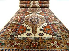 """Yalameh - 337 x 85 cm - """"Runner in natural shades 0 Beautiful condition"""". - Please note! No reserve price: starts at €1,-"""