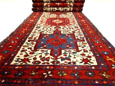 "Karadje – 268 x 71 cm – ""Persian carpet in beautiful condition"" – Please note! No reserve: price starts art €1."