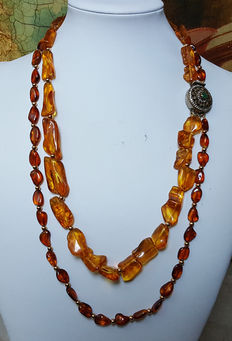 Women's necklace—silver and amber
