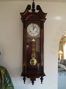 Big regulator clock - period 1970
