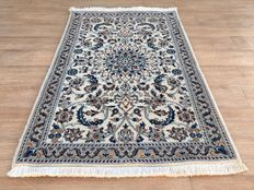 Persian NAIN – Persian carpet – approx. 134 x 87 cm –  from1,- €, NO RESERVE PRICE – the condition is good.