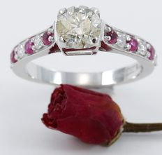 White gold  1.01 ct. Center Solitaire diamond ring with Side diamonds of 0.22 ct. and Ruby of 0.25 ct - low reserve
