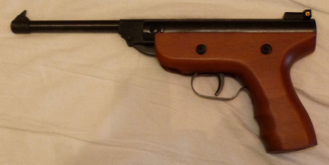air rifle 5.5 mm - Eastern European German - in very beautiful condition