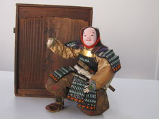 Certified Marutaira samurai doll ningyo with full armour and sword (26 cm) - Japan - 1892 (late Meiji period)