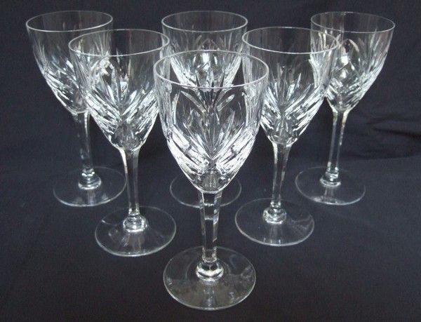 6 St Louis Cut Crystal Wine Glasses Model Chantilly Signed Model