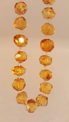 Baltic Amber facet necklace ,natural amber 100%